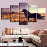 Decor Fantasy Black Unicorn And Prairie Horses - Mystikz Gaming