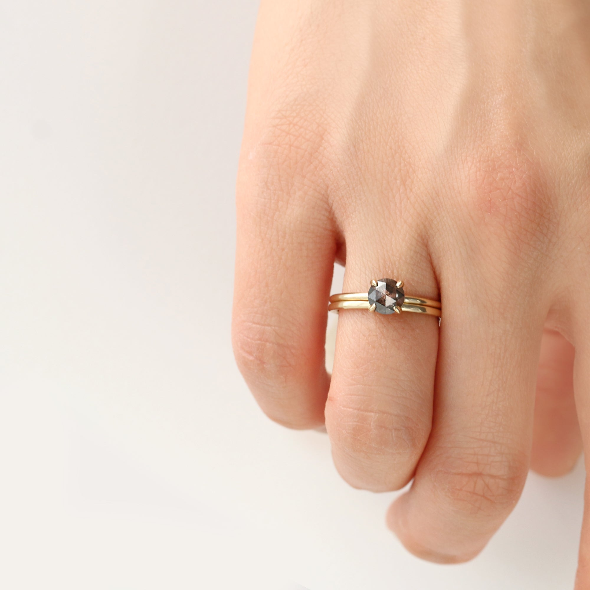 Round 0.8CT Salt and Pepper Diamond Ring