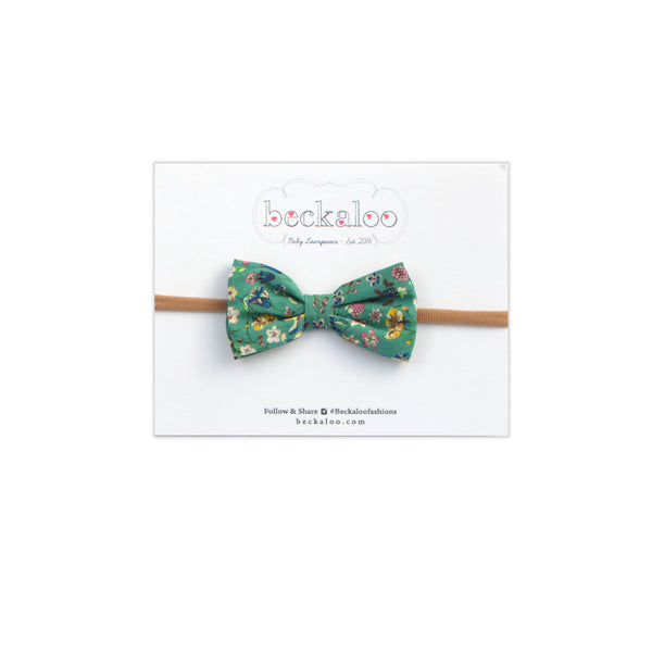 Bow In Jade Garden Print