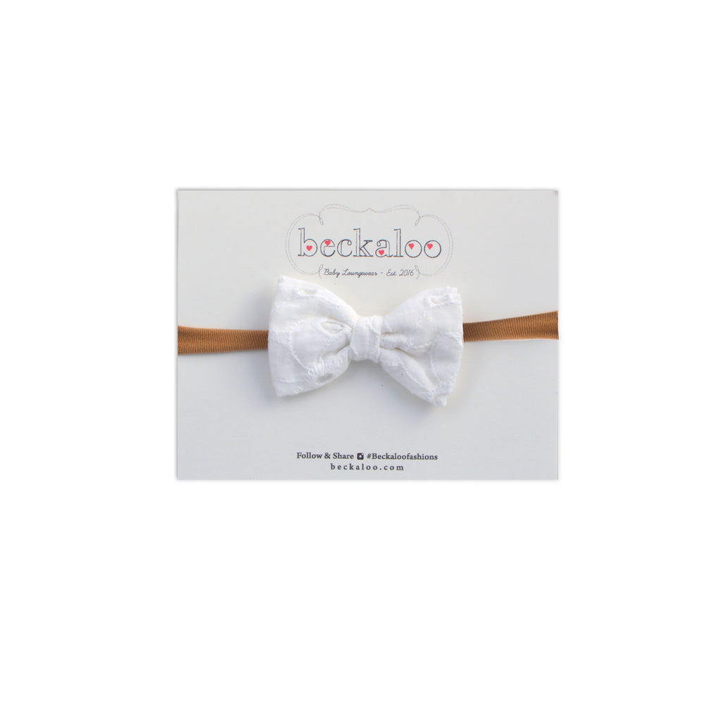 Bow In White Eyelet