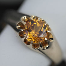Load image into Gallery viewer, Antique 14ct gold ring Imperial Topaz brilliant cut 56 Russian Empire