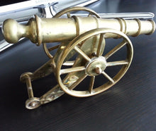 Vintage model Antique howitzer / cannon 1827 g brass statue great British Empire