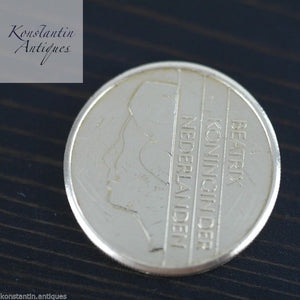 Modern 1989 coin 5 Gulden Queen Beatrix of the Netherlands 5G ONS GOD ZIJ MET