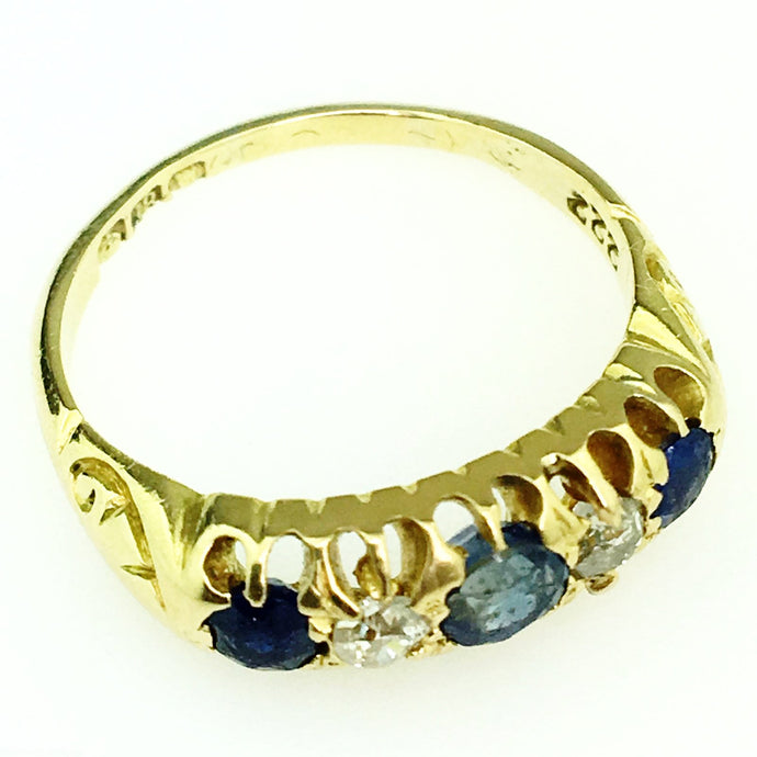 Antique 1864 Sheffield 18ct yellow gold ring three Sapphire and two diamonds