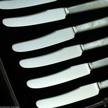 Load image into Gallery viewer, Antique 1932 Sheffield solid silver set of six knives with Nacre handles