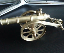 Load image into Gallery viewer, Vintage model Antique cannon brass statue great British Empire