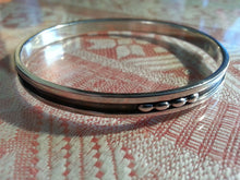 Load image into Gallery viewer, Vintage Sweden Niello silver bangle stylish solid gift