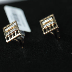 Classic 14k gold cufflinks with 12 Cubic Zirconia
