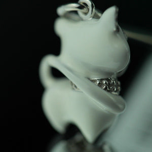 Sterling silver pendant white Enamel Cat with incrusted collar band