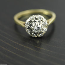 Load image into Gallery viewer, Vintage 18ct gold ring with brilliant cut diamonds cluster London