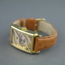 Load image into Gallery viewer, Constantin Weisz Gent's Automatic gold plated wrist watch with Nacre dial