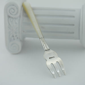 Antique silver plated fork with Nacre / Mother of pearl handle British Empire