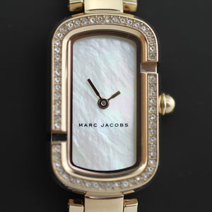 Marc Jacobs ladies wrist watch The Jacobs Rose Gold Logo J Case