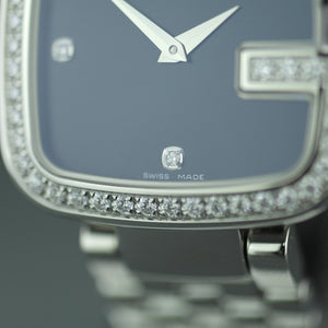 Gucci ladies wrist watch with 1.01 ct Diamonds encrusted bezel G-Gucci