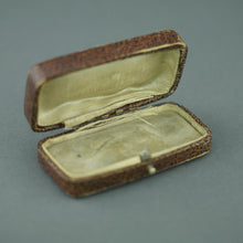 Antique box for brooch pin brooch made in British Empire