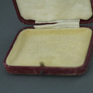 Antique jewellery box for brooch, pendant or chain British Empire Cintra