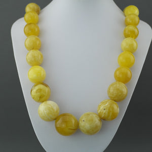 Elegant German Natural Baltic Amber beads rare necklace in cloudy egg yolk and white colour