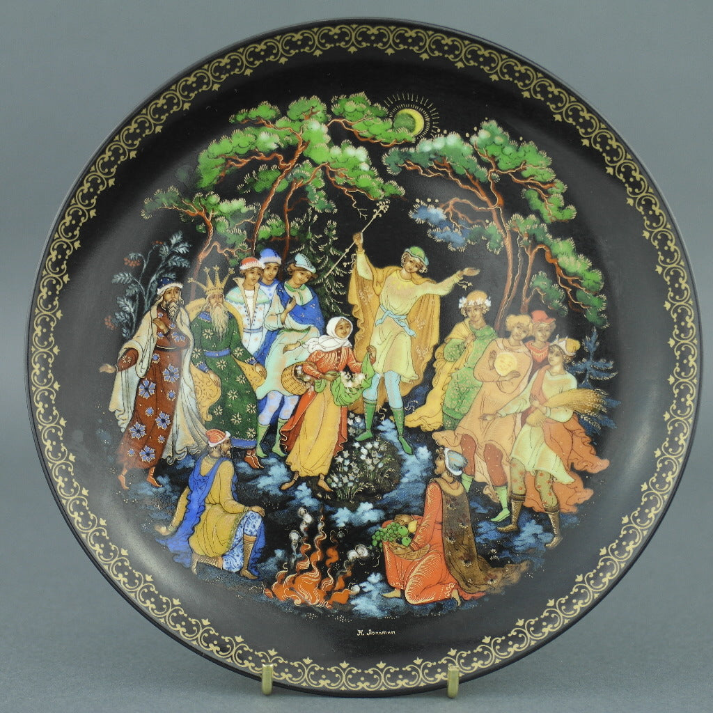 Wall Decor Russian tales plate - The Twelve Months - from Vinogradoff porcelain