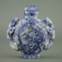 Load image into Gallery viewer, Stunning Lapis lazuli snuff bottle with leopards