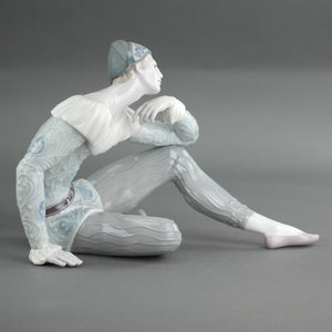 Lladro Nostalgia from UTOPIA Collection Porcelain figure
