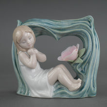 Load image into Gallery viewer, Lladro Childhood Fantasy from Daisa / Daisy Collection Porcelain figure