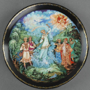 Love's Finale, Russian tales Porcelain Plate from Kholui Art Studio, Wall Decor