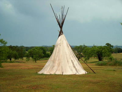 Indian Tepee - Mouse Pad Universe
