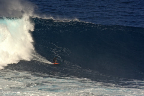 big wave surfing at Jaws