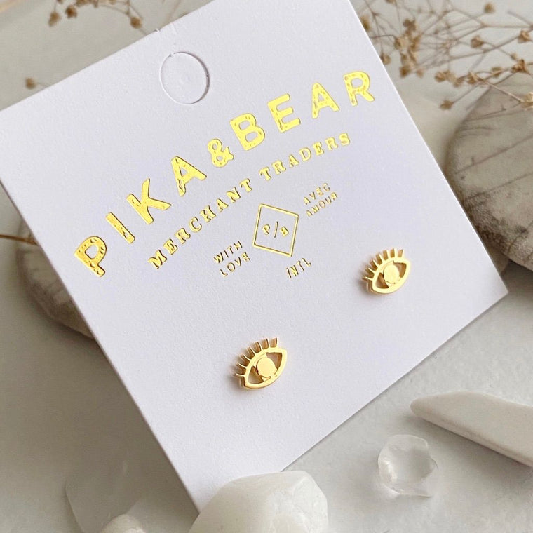 Iris stud earrings in gold
