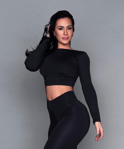 Black Bum Bum Long Sleeve Cropped Top