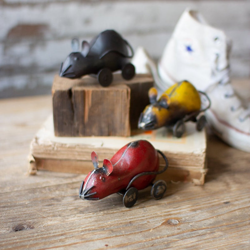 Recycled Metal Mice on Wheels