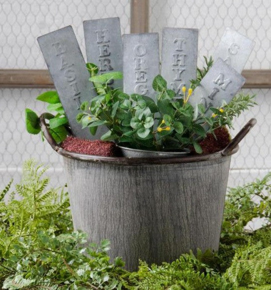 Metal Tin Arrow Shaped Herb Stakes - E.T. Tobey Company