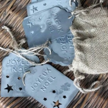 Tin Holiday Tags