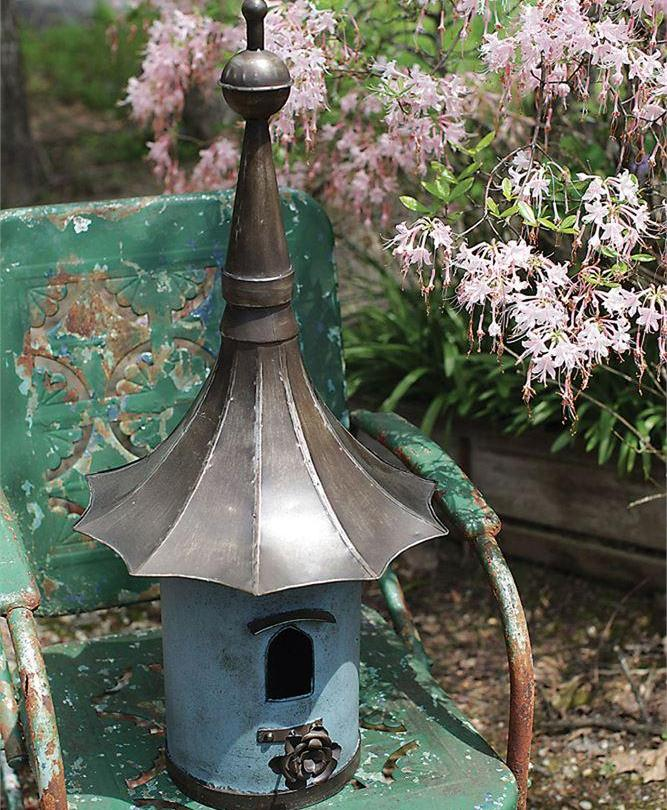 Decorative Metal Birdhouse