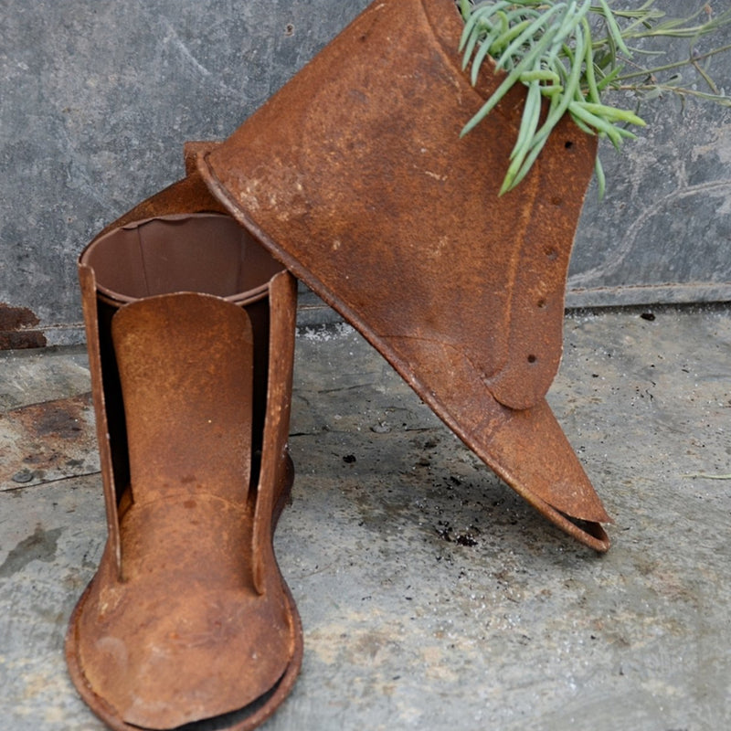 Rusty Footed Planter