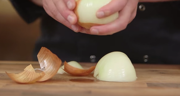 How To Chop An Onion Like A Boss