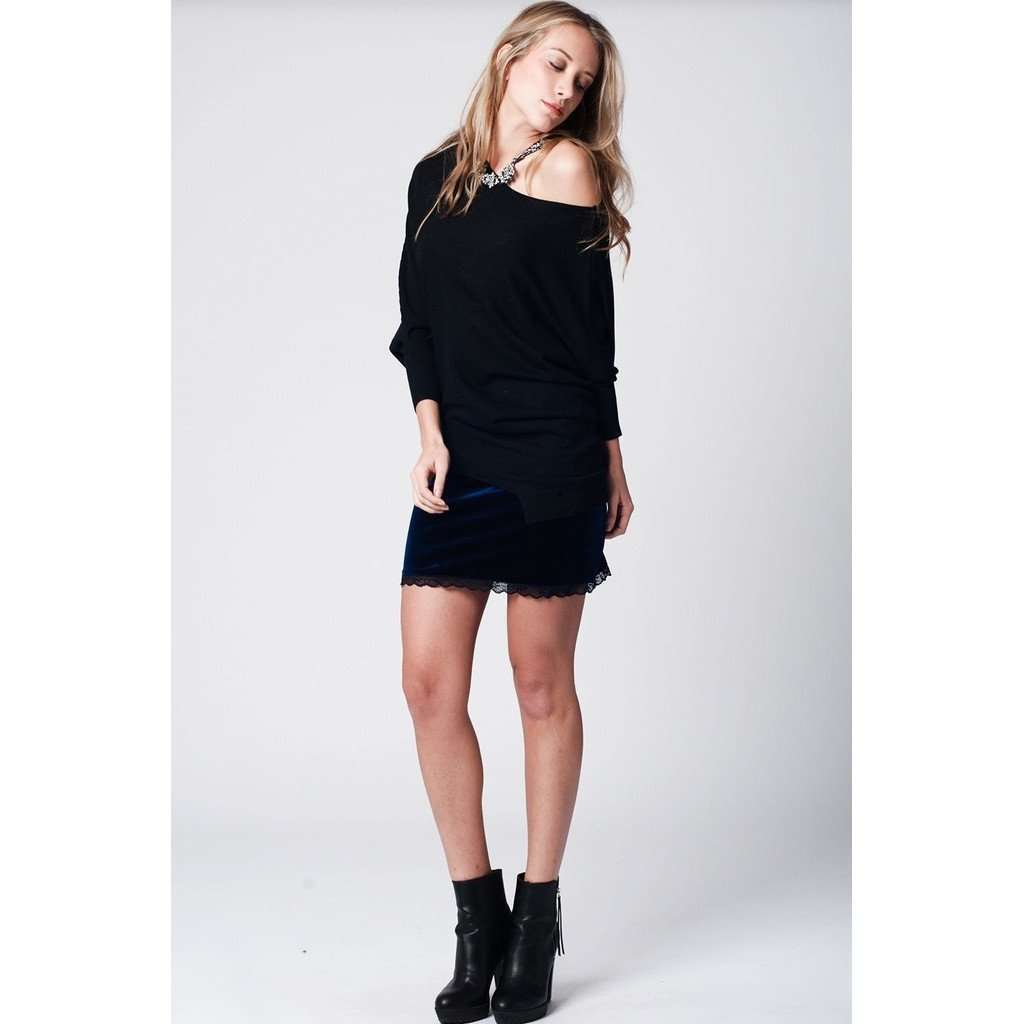 Black soft asymmetric jersey with bat sleeves CoolHatcher at TheArtOfLiving.Earth