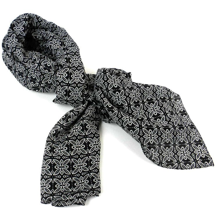 Black and White Floral Cotton Scarf - Asha Handicrafts CoolHatcher at TheArtOfLiving.Earth