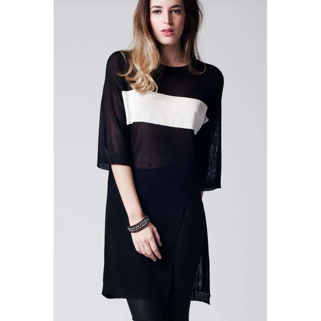Black longline top with contrast stripe and split front CoolHatcher at TheArtOfLiving.Earth