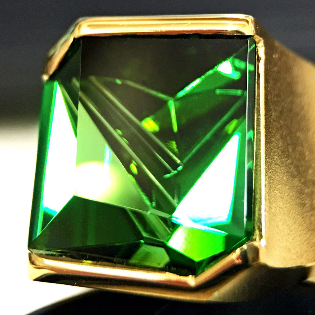 Atelier Munsteiner Abstract-Cut Green Tourmaline Gold Ring - Szor Collections