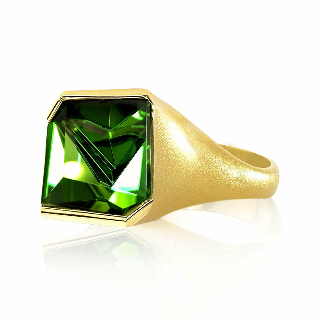Atelier Munsteiner - Atelier Munsteiner Abstract-Cut Green Tourmaline Gold Ring - Szor Collections - 1