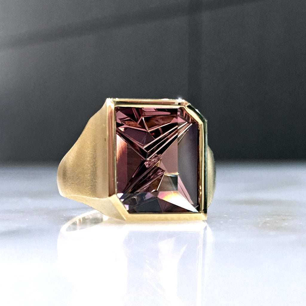 Atelier Munsteiner Faceted Rubelite Tourmaline Satin Gold Ring - Szor Collections - 5