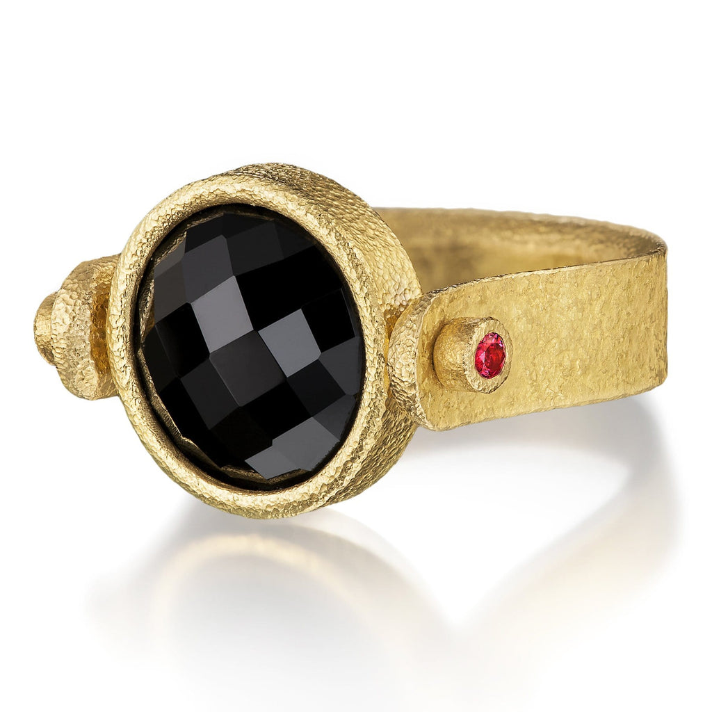 Devta Doolan Black and Pink Spinel High Karat Gold One of a Kind Flip Ring - Szor Collections