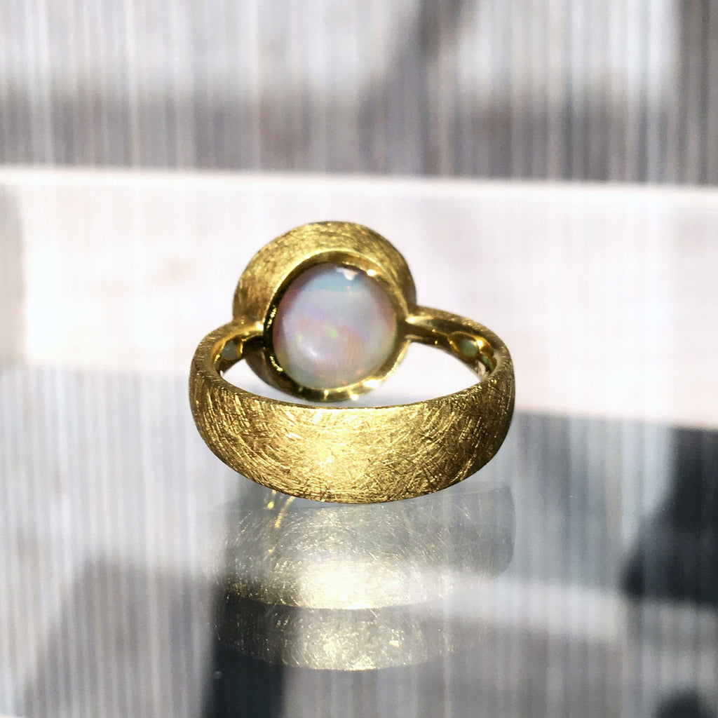 Devta Doolan One of a Kind Lightning Ridge Opal Gold Ring - Szor Collections