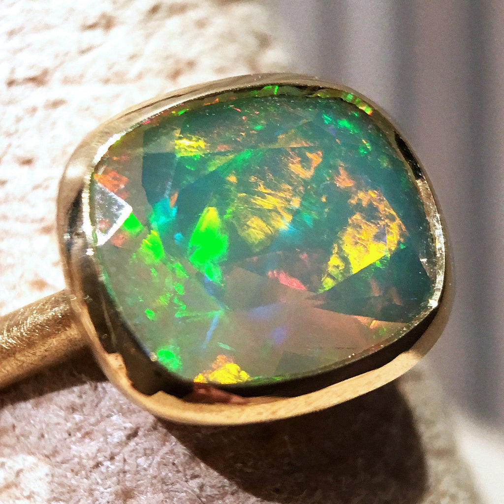 Geoffrey Good Faceted Sudanese Rainbow Opal One of a Kind Gold Ring - Szor Collections - 2