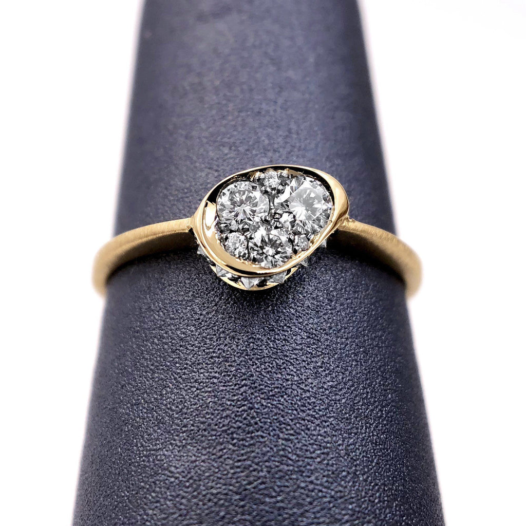 Joke Quick Inverted White Diamond Edge White Diamond Gold Innervisions Ring - Szor Collections