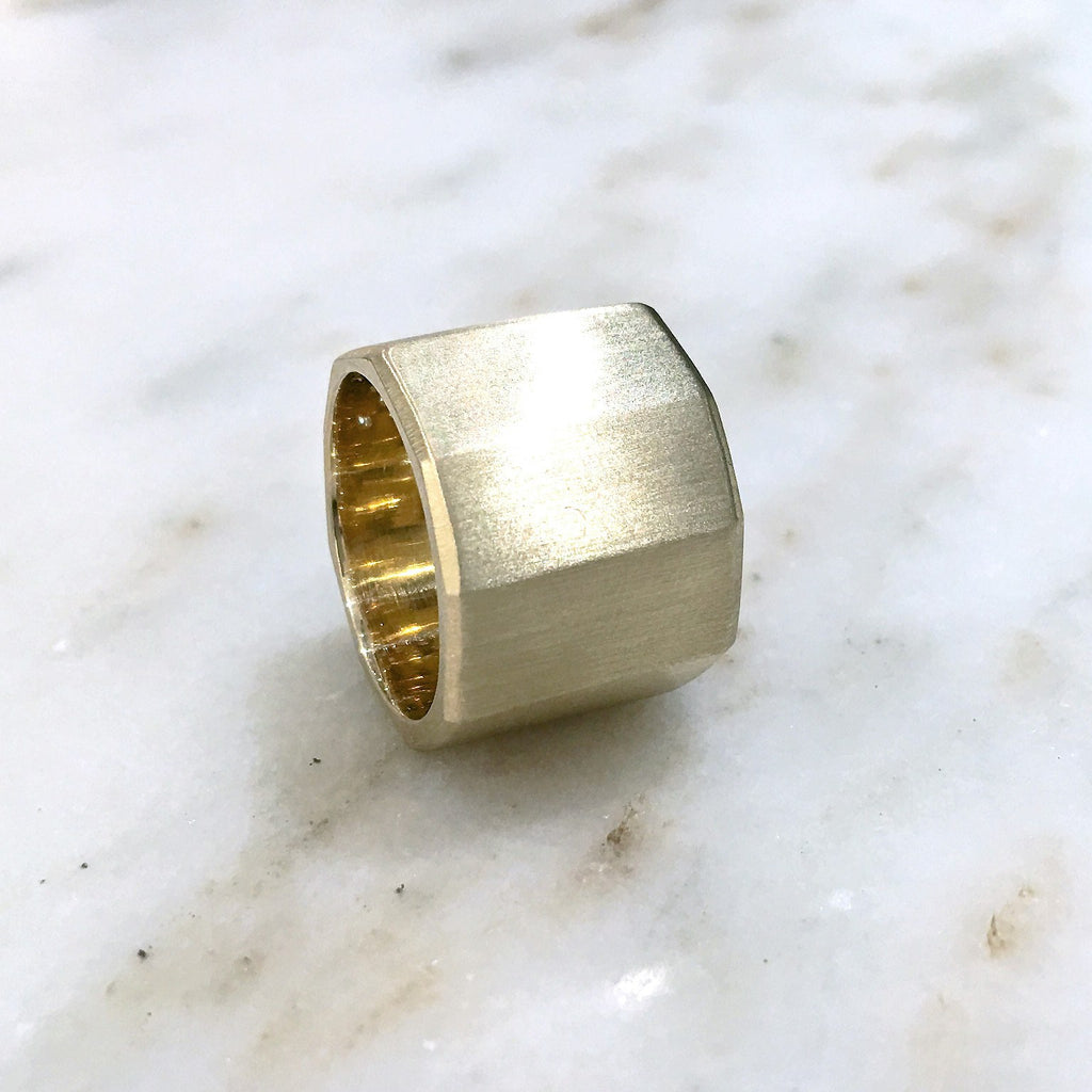 Lisa Ziff Satin Gold Diamond Handmade Facet Bolt Band Ring - Szor Collections - 4