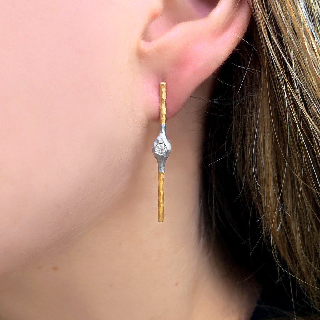 Pamela Froman White Diamond Yellow and White Hammered Gold Stick Earrings - Szor Collections