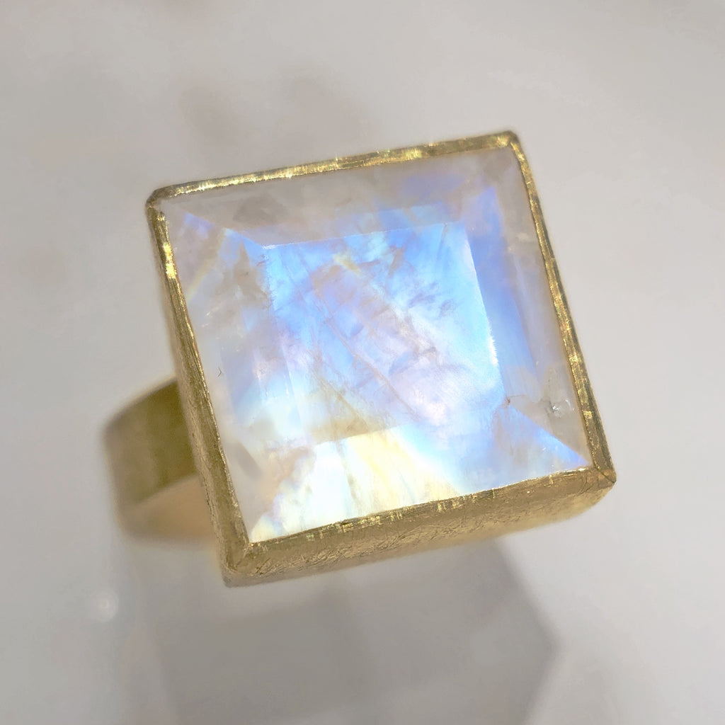 Petra Class Faceted Rainbow Moonstone One of a Kind High Karat Matte Gold Ring
