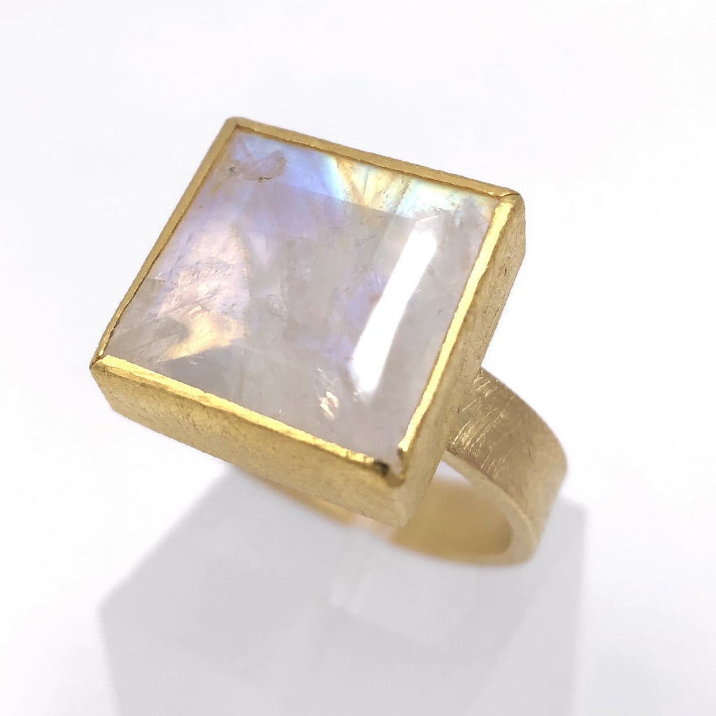 Petra Class Faceted Rainbow Moonstone One of a Kind High Karat Matte Gold Ring - Szor Collections